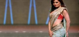 where do women wear sarees the most in india
